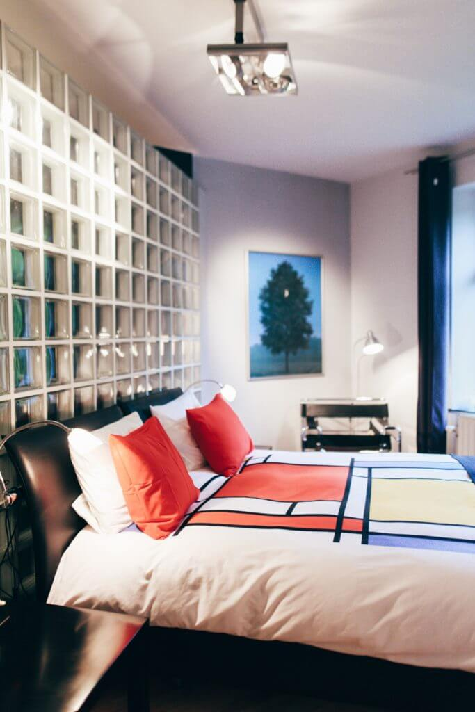 Au Plaisir - b&b - chambres d'hôtes - Mr. Grey  - cluedo - chambres à thème